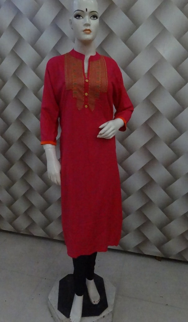 Decent Kurtie Thread Work on Neck & Rani Color 1