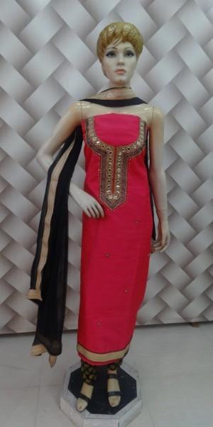 Mergenta Khaddi Silk Awesome Suit