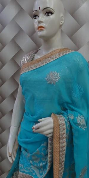 Monotoned Saree in Blue
