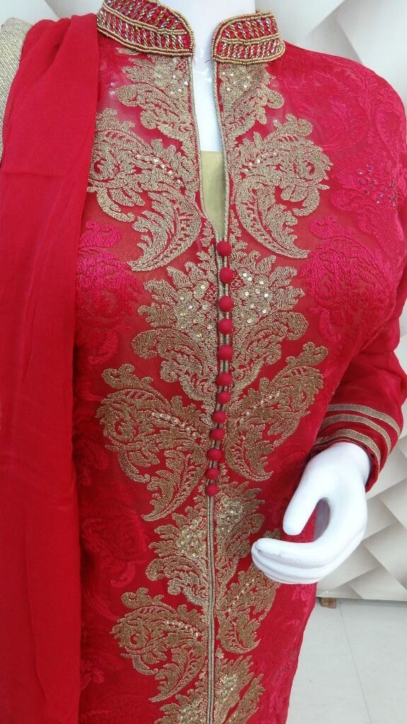 Goergette Mergenta Suit